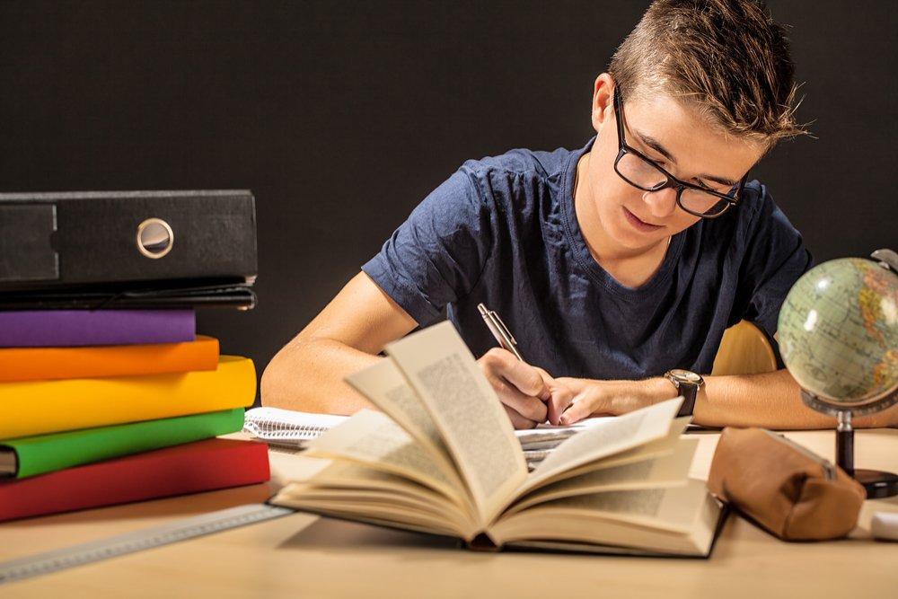 Uma série de cuidados vão ajudar você a estudar para o Enem