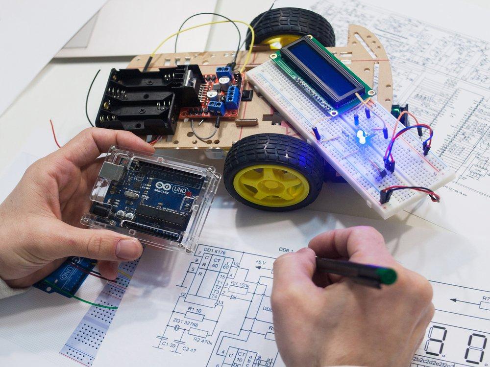 A área de Engenharia Mecatrônica está intimamente ligada ao desenvolvimento de novas tecnologias