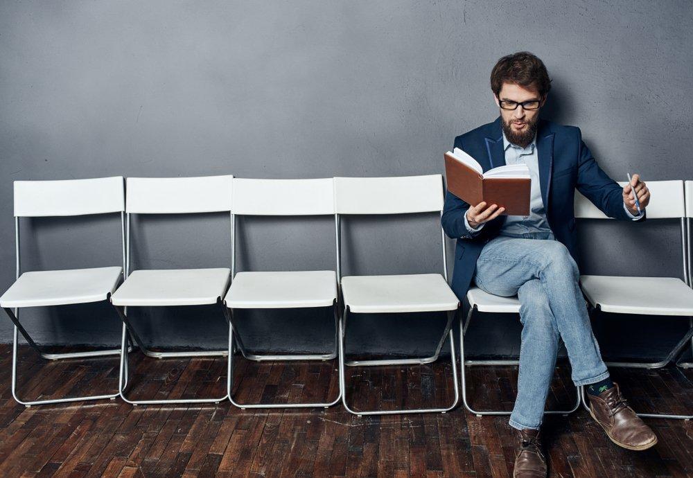 Você vai adaptar sua rotina quando souber Como conciliar trabalho e estudo