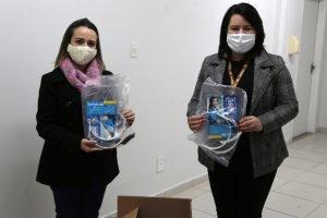 UniCesumar doa máscaras de acetato à Secretaria de Saúde de Marialva
