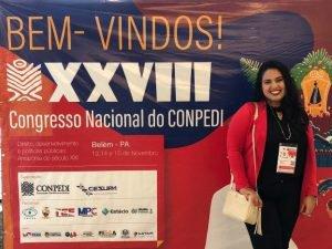 As mestrandas Bruna de Souza, Lorenna Castro e Mylene Manfrinato, do mestrado em Direito, participam do XXVIII Congresso Nacional do CONPEDI, em Belém