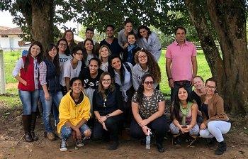 Acadêmicos da UniCesumar de Curitiba conhecem o Centro Paranaense de Referência em Agroecologia