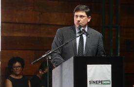 Vice-reitor Wilson Matos Filho assume presidência no Sinepe-NOPR