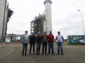 Alunos das Engenharias Elétrica e Mecânica fazem visita técnica à UEGA