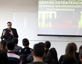 Café de Negócios da Unicesumar discute Gestão de Pessoas