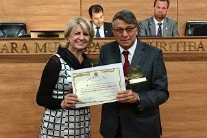 Reitor da Unicesumar recebe o prêmio João Crisóstomo Arns