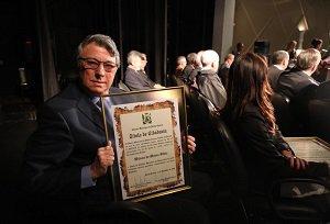 Em Ponta Grossa, reitor da UniCesumar foi homenageado com o título de Cidadão Honorário
