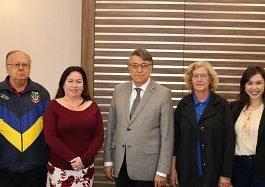 Reitor da Unicesumar recebe a visita da embaixatriz da Ucrânia