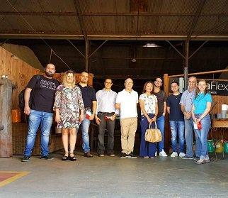 Mestrandos do PPGGCO realizam visita à Incubadora Tecnológica de Maringá