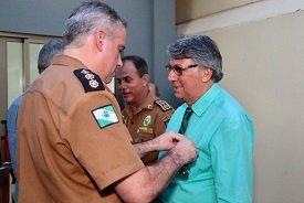 Reitor Wilson de Matos Silva recebe homenagem especial da Polícia Militar