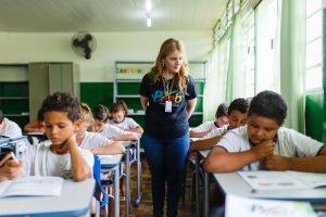 Documentário mostra impacto do PEEB em escolas públicas