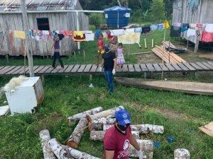 Operação Amazonas inicia entrega de cestas básicas a famílias ribeirinhas